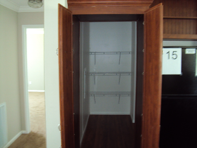 32 X 56 Hidden Pantry Home 009